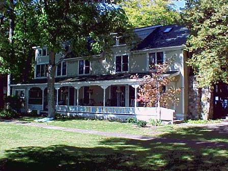 Three story historic in with long front porch - The Neahtawanta Inn